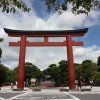 Камакура. Главные ворота святилища Цуругаока Хатимангу